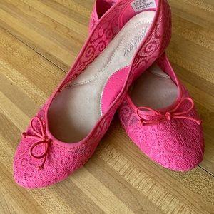 Skechers Flat Shoes Pink lace Textile Sz 8.5-9